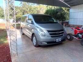 Vendo hyundai h1 12 asientos full automatica ! Con 78.000km