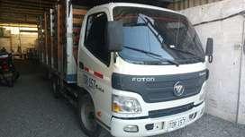 Foton Aumak BJ1041 motor Cummins carrocería tipo estacas desmontable, capacidad de carga 2.8tn, cabina sencilla.