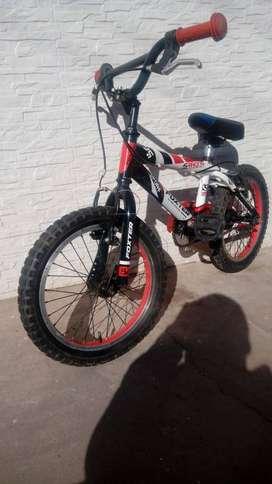 "Bicicleta Foxter  16"" 5 años para arriba"