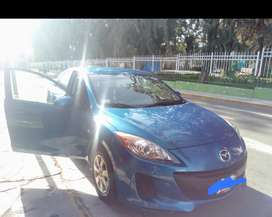Se vende auto Mazda 3 por renovación