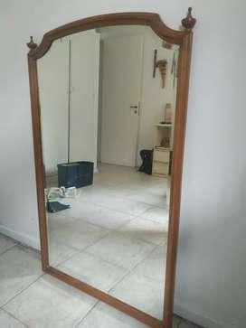 Espejo bicelado con marco de madera antiguo 114x70cm