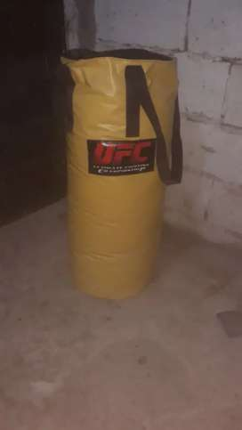 Sacos de boxeo  vacios