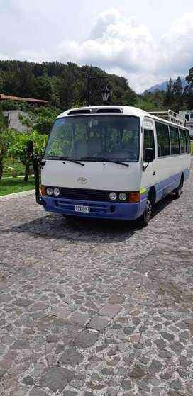 Bus Toyota Coaster 2013