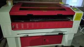 Máquina CNC de corte y grabado láser, 80 Watts