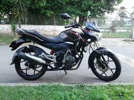 vendo moto discover st-r 125 en muy buen estado