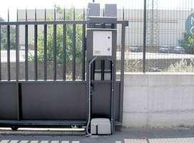 Puertas Eléctricas Puertas Deslizantes Puertas batientes Corrediza basculante Puertas electrónicas Control de Acceso