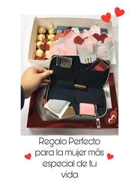 Maquillaje Estee Lauder detalle San Valentin