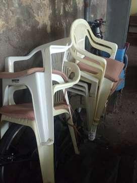 silla plastica usada 8 unidades