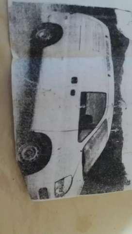 Se vende minivan H1