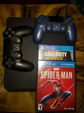 ¡Ganga! Play Station4, 2 controles y 3 juegos.ultimate spider-man, Call of Durt WW2 y Uncharted 4. Detalle sin HDMI.