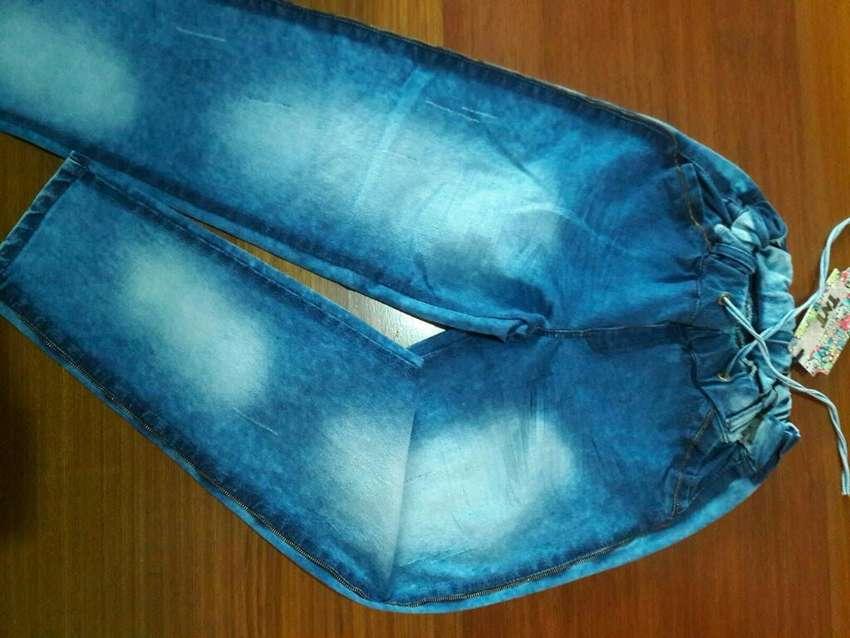 Jeans Dama Tnt Y Blusas nuevas
