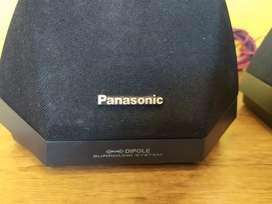 Dos parlantes Panasonic para teatro en casa o equipo de sonido