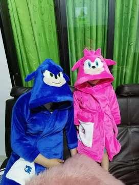 Pijamas y levantadoras.