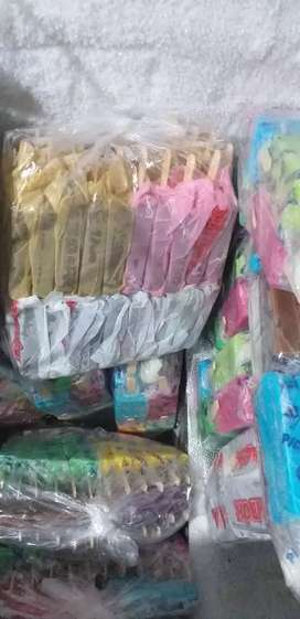 Se vende helados por bolsas