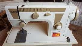 Maquina de Coser Electrica Elgin