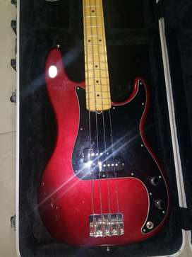 Bass Fender American Presission Red