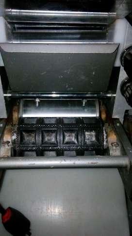 Maquina para Ravioles y Sorremtinos