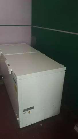 Se vende congelador de 500 LT marca wonder 4 meses de uso