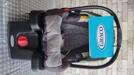 KIT completo para Bebé: Coche Graco + Pañalera Lugo Infanti + Teteros Set Completo Avent + Bañera Safety 1st Custom Care