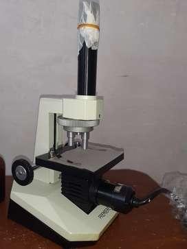 Microscopio Premiere