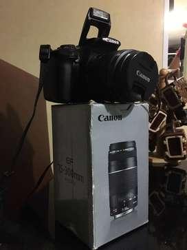 Camara Canon EQS T3 con accesorios