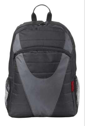 "Morral Trust lightweight para portatil hasta 15.6"" negro gris"