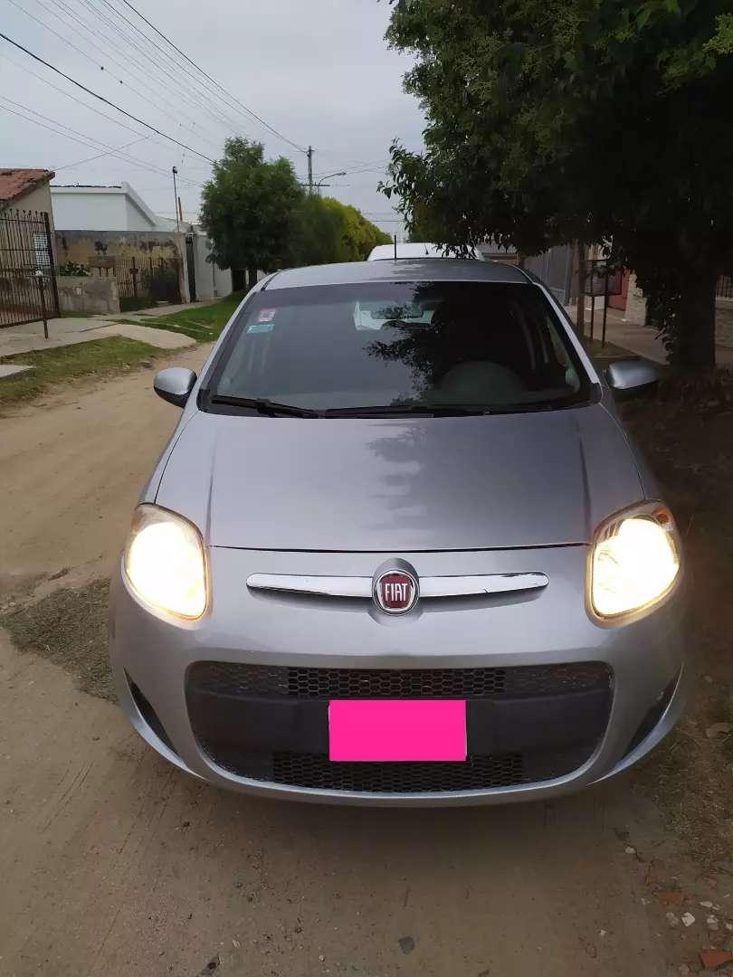 Fiat Palio attractive 1.4 con GNC 0