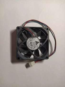 ventilador 7x7 cm 12V 0.24a