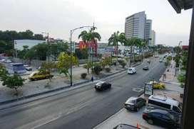 Mesera bilingue para restobar al norte de Guayaquil.
