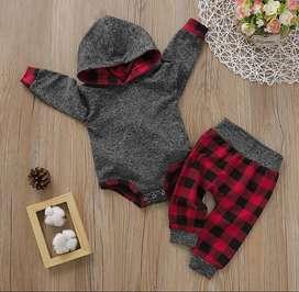 Conjunto De Pantalón A Cuadros Y Body - Ropa Para Bebé