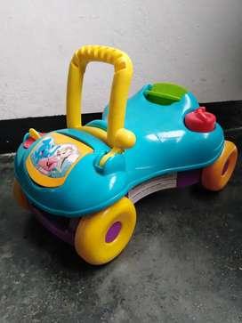 Andadera u carrito montable 2 en 1