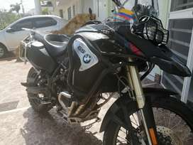 Se vende moto BMW F 800 2017 adventure
