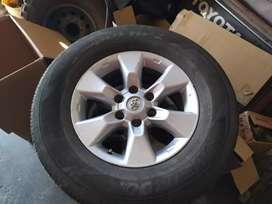 Llantas con Rines 17 para Toyota