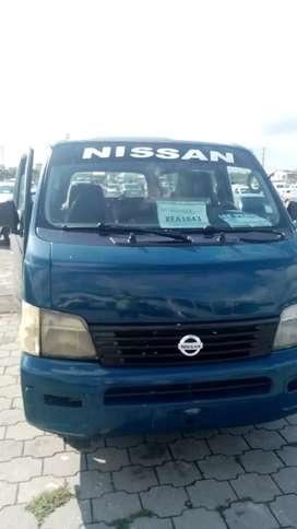 Furgoneta nisan 2002 diesel