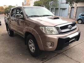 "TOYOTA HILUX ""SR"" CD 4X2 AÑO 2009 IMPECABLE!!!"