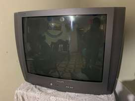 """Tv 28"""" convencional 71x57 cm"""
