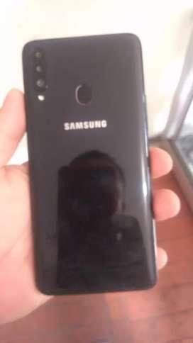 Vendo Samsung Galaxy A20S 3 cámaras de una sim