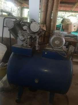Compresor de cuatro cilindros
