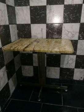 Mesa ratona de marnol