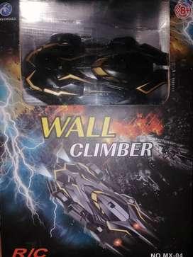 Auto a control remoto wall climber