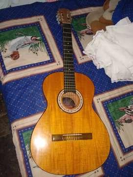 Guitarra acústica Andalucía en perfecto estado