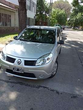 Renault Sandero. Titular nafta impecable oportunidad