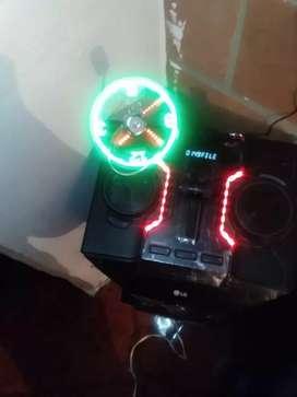 dispositivo de ventilador con reloj LED USB cambio x cascos para moto
