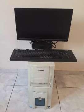 COMPUTADORA FIJA