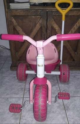 Vendo triciclo rondi usado de nena.