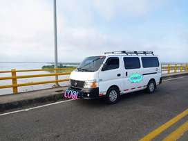 Permuto o Vendo  Buseta Vans Nissan Urban