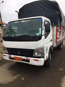 Vendo camion mitsubitsu año 2011 6.5 toneladas