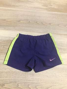 Short para Bebe Nike 9 a 12 Meses Usado