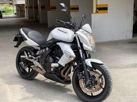 Moto alto colindraje Er6n kawasaki