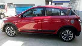 Vendo auto Hyundai i20 Active caja mecánica, 6 cambios, llanta repuesto original, recorrido 24000 km